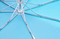 голубой зонтик Стоковое Фото