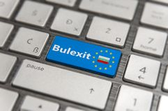 Голубой ключ входит Болгарию Bulexit с кнопкой клавиатуры EC на современной доске Стоковые Фотографии RF