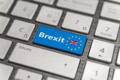 Голубой ключ входит Великобританию Brexit с кнопкой клавиатуры EC Стоковое Фото