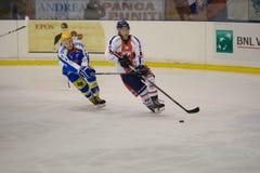 голубой красный цвет милана хоккея клуба стоковые изображения rf