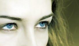 голубой крупный план eyes женщина Стоковые Фотографии RF