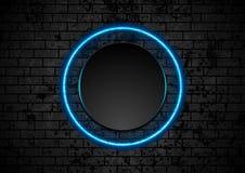 Голубой неоновый круг на предпосылке кирпичной стены grunge Стоковое Фото