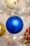 голубой новый год игрушки s Стоковые Изображения
