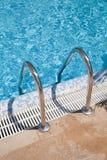голубой плавательный бассеин Стоковое фото RF