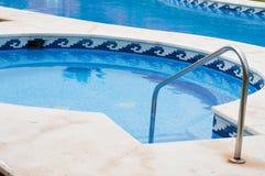 Голубой плавательный бассеин Стоковое Изображение