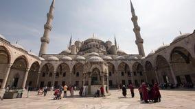 Голубой промежуток времени мечети в Стамбуле, Турции 16-ое апреля 2017 сток-видео
