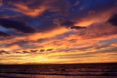 голубой розовый заход солнца Стоковое Изображение