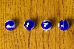голубой рядок мраморов Стоковые Фото