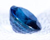 Голубой самоцвет на белой предпосылке Стоковое фото RF