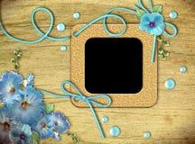 голубой сбор винограда фото просвирняка рамок цветков Стоковое Изображение