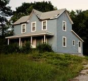 голубой сельский дом старый Стоковая Фотография RF