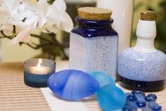 Голубой состав ваз стоковые фото