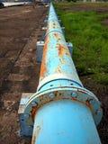 голубой старый трубопровод ржавый стоковые фото