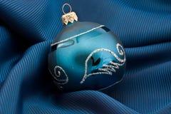 голубой темный вал сферы шерсти Стоковая Фотография