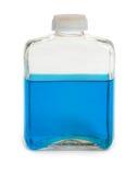 голубой химикат бутылки заполнил разрешение Стоковые Фото