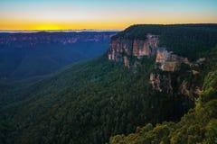 Голубой час на бдительности перескакивания govetts, голубые горы, Австралия 52 стоковые изображения rf