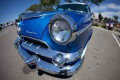 голубой lowrider доджа стоковое изображение rf