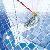 голубой mop пола Стоковое фото RF