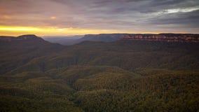 голубые горы Австралия на заходе солнца Стоковые Фото