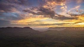 голубые горы Австралия на заходе солнца Стоковые Фотографии RF