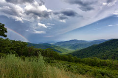 голубые горы над штормом зиги Стоковая Фотография RF