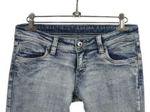 голубые джинсыы крупного плана стильные Стоковое Изображение