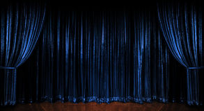 голубые занавесы сверкная стоковое фото rf