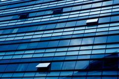 голубые окна офиса Стоковая Фотография