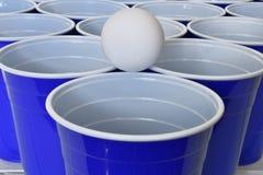 Голубые пластичные выпивая чашки Стоковая Фотография RF