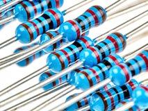 Голубые резисторы изолированные на белизне Стоковые Изображения