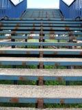 голубые ржавые лестницы Стоковое Изображение RF