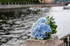 Голубые цветки wedding букет Стоковые Изображения