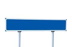 голубым изолированный направляющим выступом дорожный знак столба Стоковые Изображения