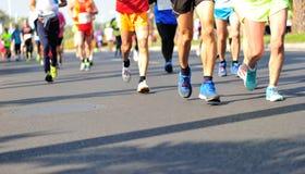 Гонка марафона идущая Стоковые Фотографии RF