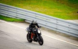 Гонка мотоцикла Стоковое Изображение