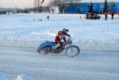 Гонка скоростной дороги льда Tyumen Россия Стоковые Фотографии RF