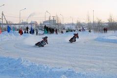 Гонка скоростной дороги льда Tyumen Россия Стоковое Изображение RF