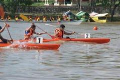 гонка kayak стоковое фото rf