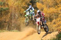 гонка motocross Стоковые Изображения
