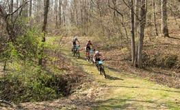 Гонки горного велосипеда Стоковое Изображение RF
