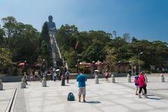 ГОНКОНГ -2015 17-ое октября: Гигант Будда Tian Tan от Po Lin Monas Стоковые Фотографии RF