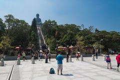ГОНКОНГ -2015 17-ое октября: Гигант Будда Tian Tan от Po Lin Monas Стоковые Изображения RF