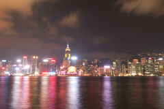 ГОНКОНГ - 17-ОЕ ЯНВАРЯ: Горизонт Гонконга на 17,2015 -го января Стоковое Изображение