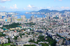Гонконг толпился город здания Стоковое Фото