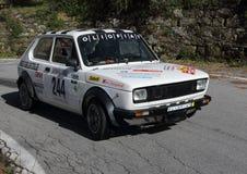 Гоночная машина Фиат 127 историческая во время гонки Стоковое Изображение