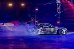 Гоночный автомобиль делая перемещаться Стоковая Фотография