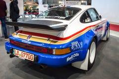 Гоночный автомобиль Порше 911 перекрестком Решением, 1984 Стоковое Изображение