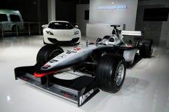 Гоночный автомобиль формулы 1 McLaren Мерседес Стоковая Фотография RF