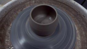 Гончарня сделанная из глины сток-видео