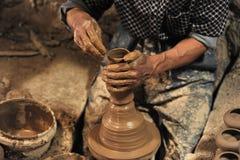 Гончарня handmade в ¥ â мастерской… стоковое изображение rf